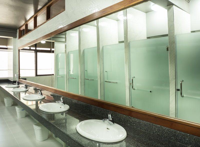 Female Shared Bathroom (6)