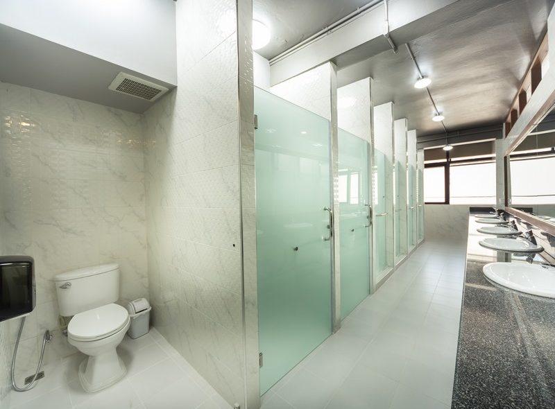 Female Shared Bathroom (7)