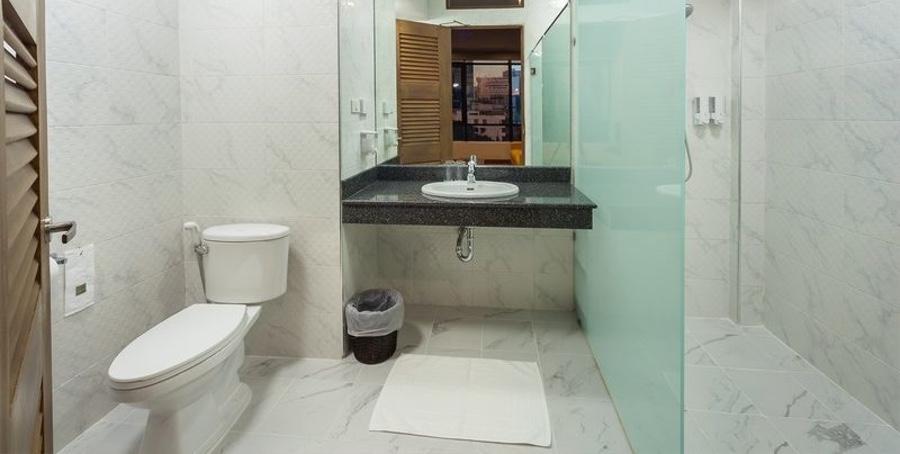 bathroom-Private-room